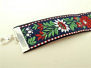 Náhrdelníky - Folklórny biely červený modrý čierny kvetinový choker - náhrdelník obojok  (24 mm vzor 1) - 10143760_