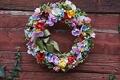 Dekorácie - Venček z lúčnych kvetov. - 10146307_
