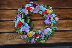 Dekorácie - Venček z lúčnych kvetov. - 10146312_