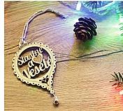 Dekorácie - Vianočné drevené ozdoby v krabičke - Strieborné s rolničkami 24 ks - 10143487_
