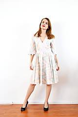 Šaty - Bavlnené pastelové šaty s romantickou krajkou - 10147583_