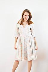 Šaty - Bavlnené pastelové šaty s romantickou krajkou - 10147585_
