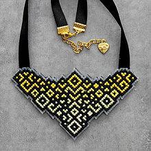 Náhrdelníky - ornament - 10151875_