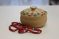 Náhrdelníky - Červený drevený náhrdelník - 10149480_