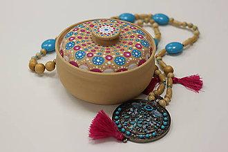 Náhrdelníky - Tyrkysový strapcový boho náhrdelník - 10150169_
