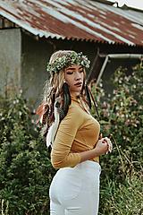 Ozdoby do vlasov - Prírodný lesný venček s perím - 10150488_
