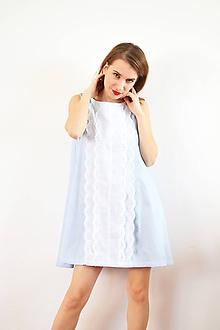 Šaty - Bavlnené áčkové šaty s romantickými pásmi madeiry - 10148192_