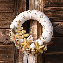 Dekorácie - Bielo-zlatý zimný venček na dvere - 10154796_