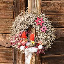 Dekorácie - Zimný venček na dvere - 10157077_