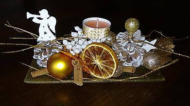 Dekorácie - Vianočný svietnik - 10154907_