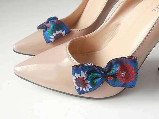 23f2b0703 Klipy na topánky - biele modré čierne folklórne mašle jednoduché (Modrá)