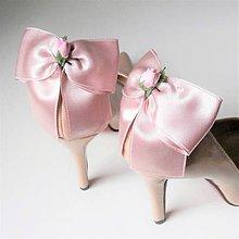 Obuv - Klipy na topánky - púdrové staroružové mašle s ružičkou - 10155301_