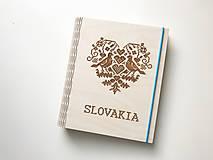 """Drevený zápisník """"Slovakia"""""""