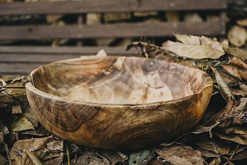 Veľká orechová miska