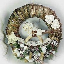 Dekorácie - Maxi vánoční věnec - Koník v závějích - 10163112_