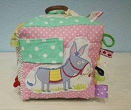 Hračky - Montessori kocka pre bábätká - 10164080_