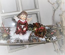 Dekorácie - Vianočná dekorácia s bordovým anjelikom - 10170962_