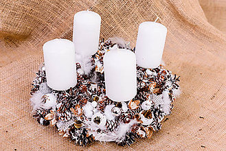 Dekorácie - adventný veniec biele vianoce - 10169276_