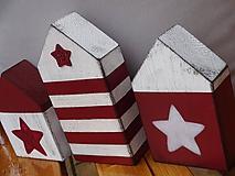 Dekorácie - Drevené bordové domčeky - 10169907_