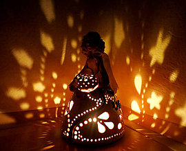 Svietidlá a sviečky - anjelska aromalampa -