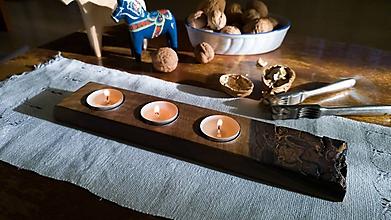 Svietidlá a sviečky - Natur orechový svietnik - 10171540_