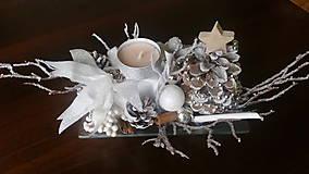 Dekorácie - Vianočný svietnik. - 10170004_