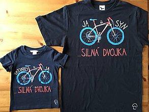 Oblečenie - Otcosynovské maľované tričká s motívom bicykla (Na tmavomodrých tričkách-sada 4 ks) - 10169555_