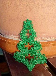 Dekorácie - paličkovaný vianočný stromček - 10172713_