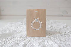 Papiernictvo - Papierové darčekové vrecúško biely venček - 10172257_