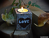 """Svietidlá a sviečky - Malý smrekový svietnik """"Love"""" - 10177377_"""