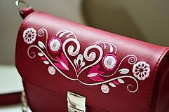 Kabelky - LEA kabelka vyšívaná (bordová) - 10175685_