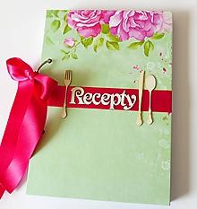 Papiernictvo - Receptár zelený s kvetom - 10174611_