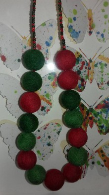 Náhrdelníky - plstený náhrdelník - 10174251_