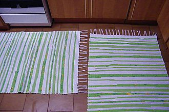 Úžitkový textil - Tkané koberce biele so zelenými pásikmi - 10177764_