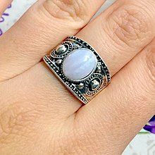 Prstene - Lace Chalcedony Antique Silver Ring / Starostrieborný prsteň s čipkovaným chalcedónom /1251 - 10179868_