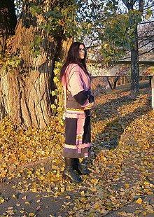 Kabáty - lel-pink v tmavomodrej kabátosveter - 10182054_
