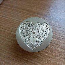 Iný materiál - Pečatidlo srdce - 10179326_