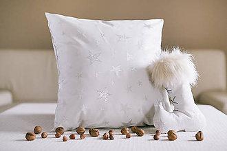 Úžitkový textil - vianočný vankúšik s hviezdičkou - 10182742_