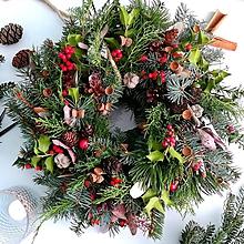 Dekorácie - Vianočný veniec - 10183073_