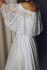 Šaty - Svadobné šaty s krajkovým volánom - 10178874_