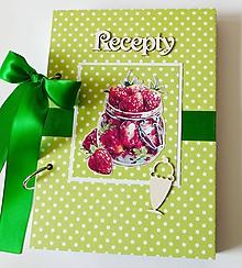 Papiernictvo - Receptár zelený s jahodami - 10183640_