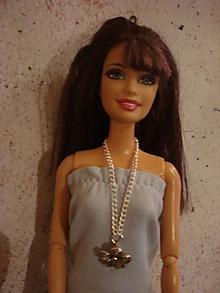 Hračky - Barbie, retiazka s plastickým kvetom - 10187179_