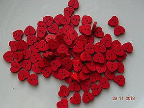 Galantéria - Gombík červené srdiečko - 10184394_