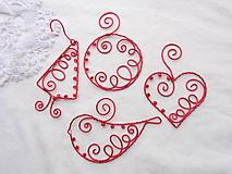 Dekorácie - červené vianoce drôtom maľované... sada (s červenými korálkami) - 10190913_
