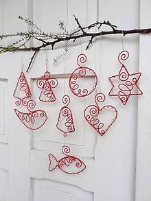 Dekorácie - červené vianoce drôtom maľované... sada (s priesvitnými korálkami) - 10190902_
