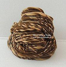 Materiál ručne robený - Čokoládová - ručne pradená merino vlna - 10189528_