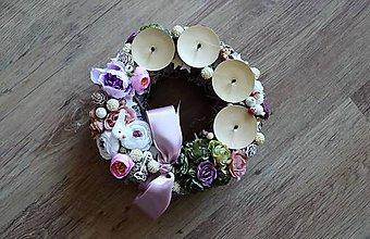 Dekorácie - luxusný advent s kvetmi - 10190834_