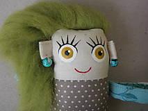 Magnetky - Dievčatko - textilná magnetka - 10189537_
