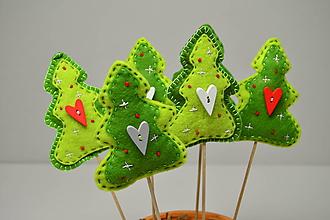 Dekorácie - Vianočný lesík - 10194085_