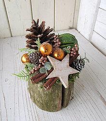 Dekorácie - Vianočná dekorácia na pníku I - 10192378_